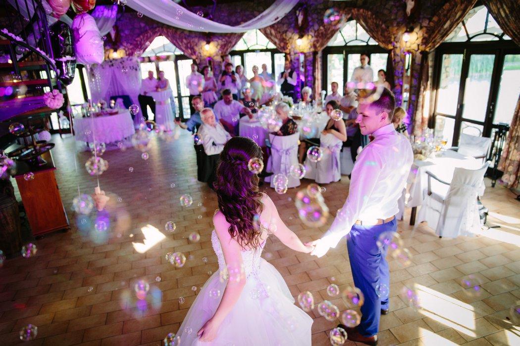 18A-0051-svadobny-tanec