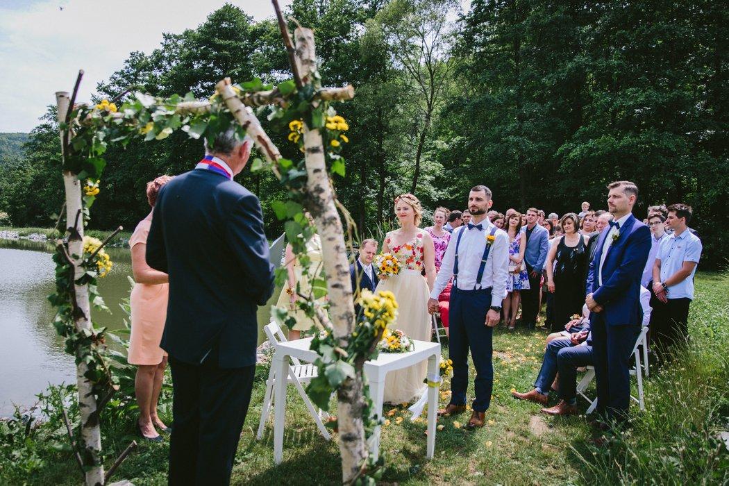 18B--0016-svatba_v_prirode_brno
