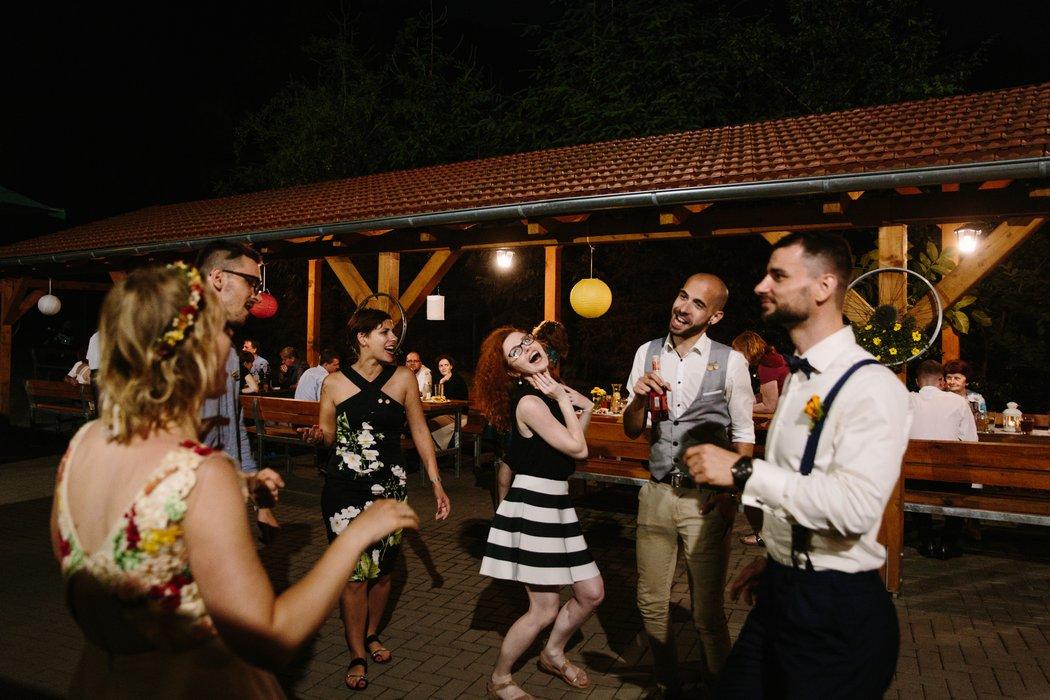 18B--0073-haluv_mlyn_svatba