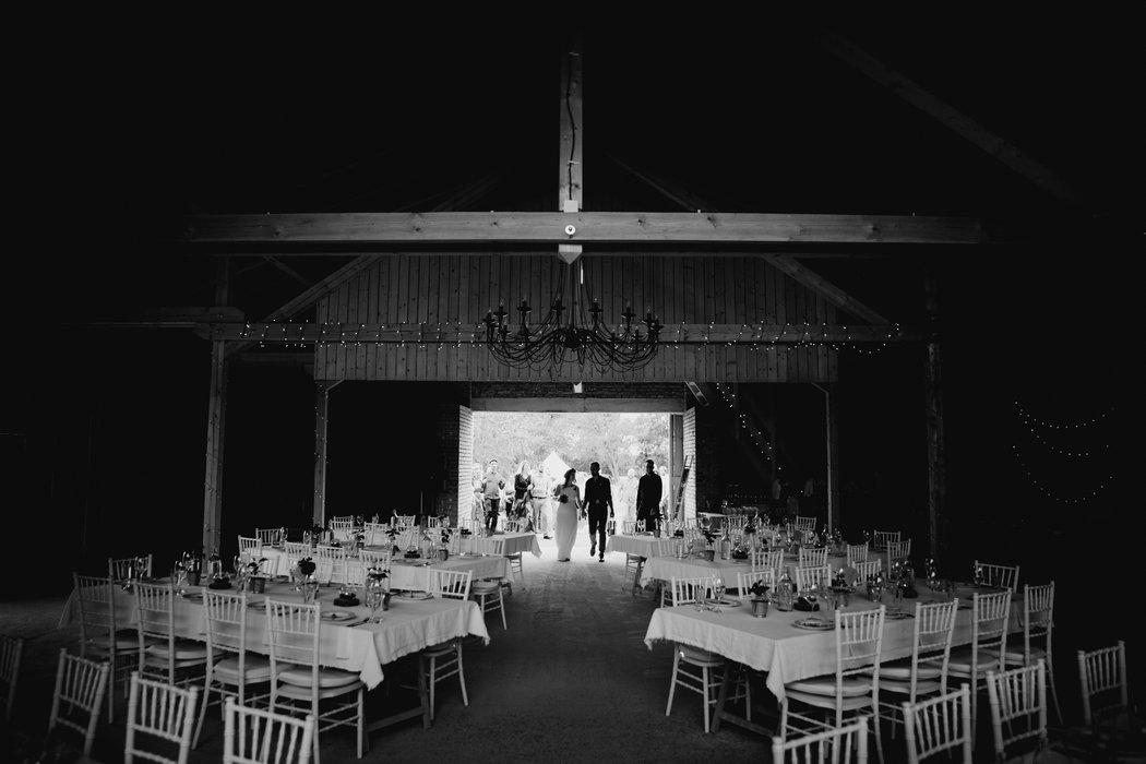 18C-0055-svadba_v_stodole