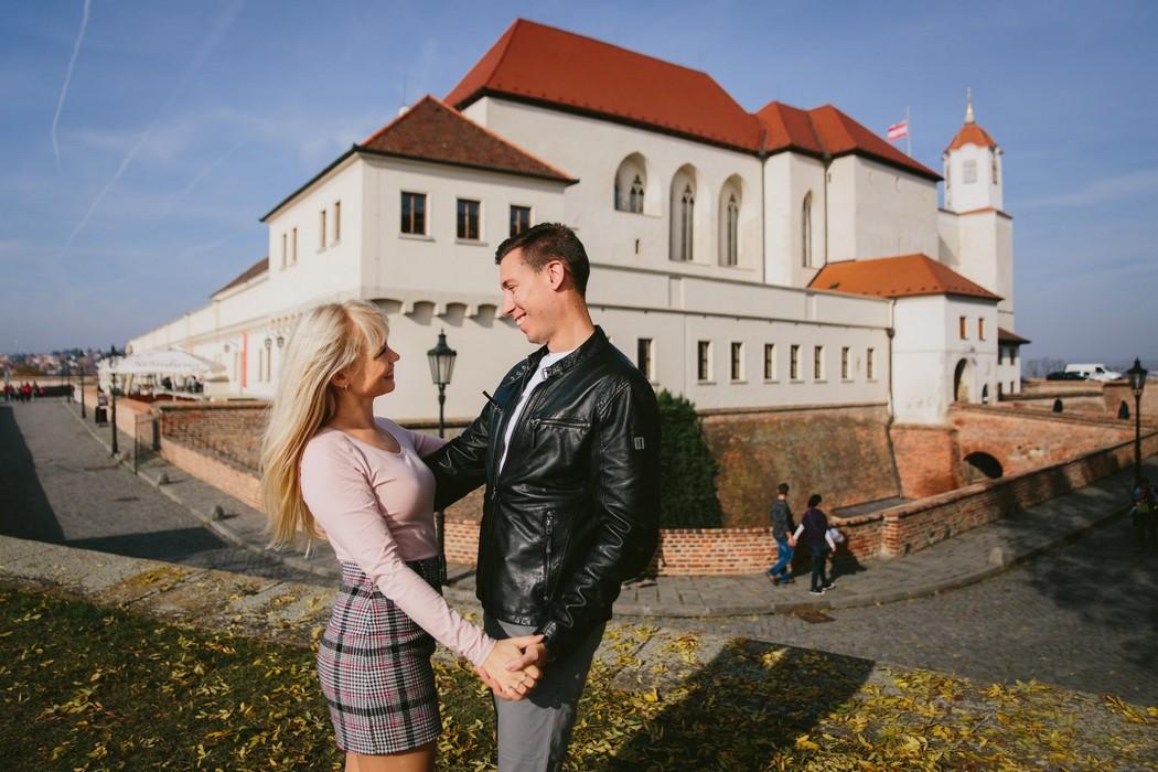 Snoubenci na hradě Špilberk