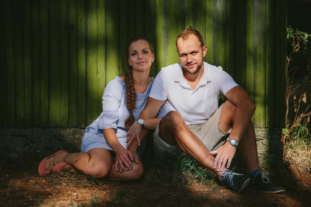 portrét sedícího páru