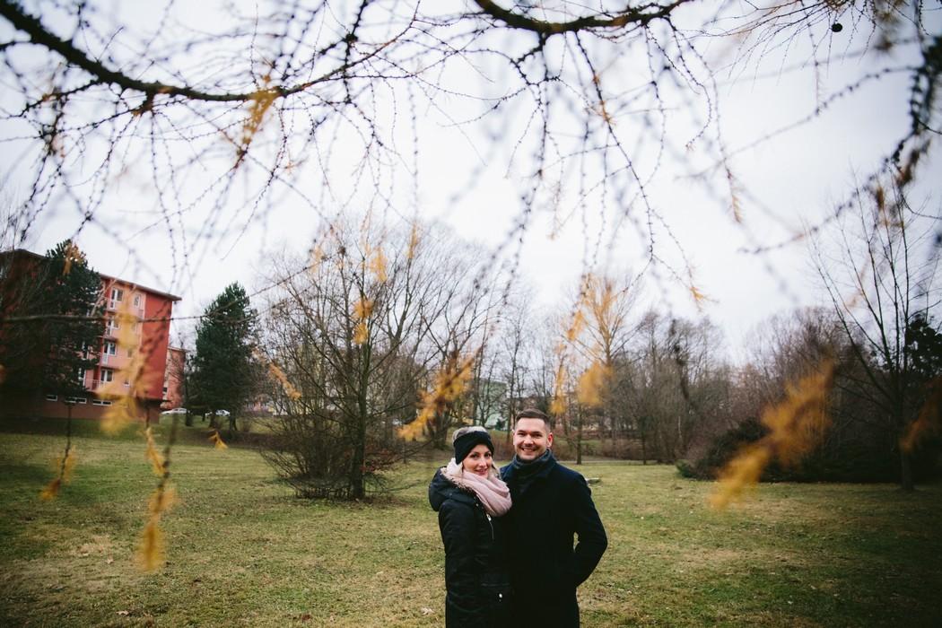 Pár v parku