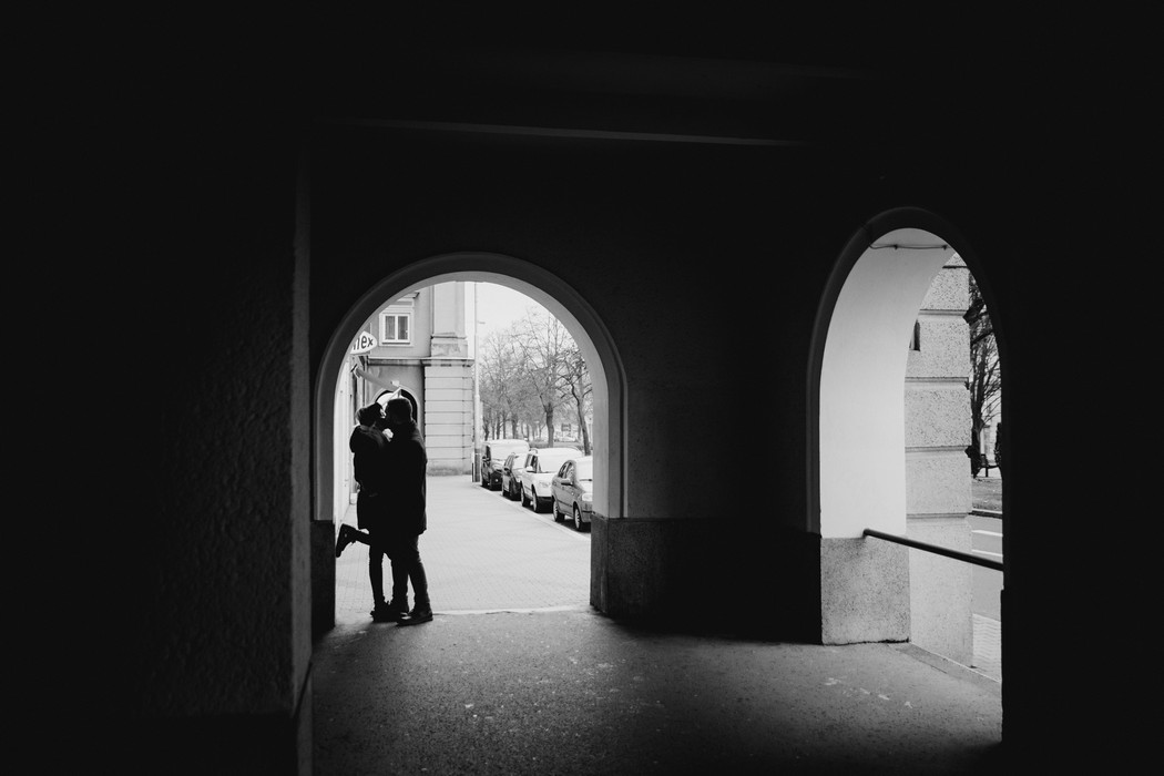 Silueta páru v Ostravě