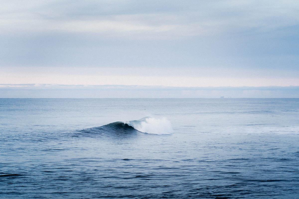 iceland ocean wave