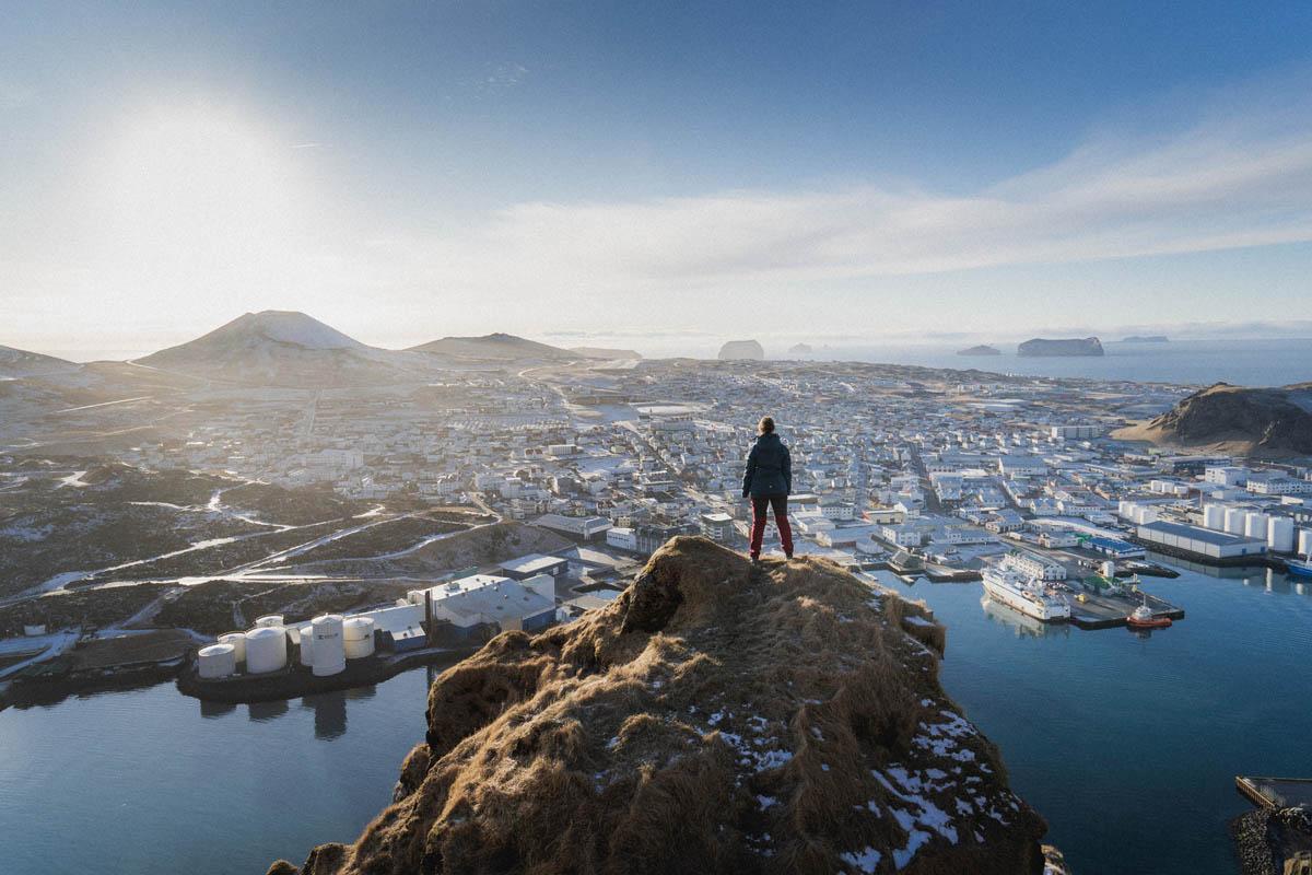 islandská krajina s člověkem